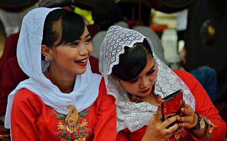broker forex lokal Bappebti Indonesia dengan bebas swap (syariah)